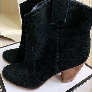 Black suede boots Nine West